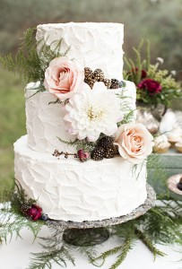 cake with gold berries