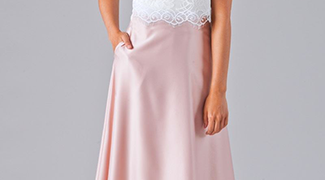 How Everyone Can Rock Them - V-Neck Bridesmaid Dresses
