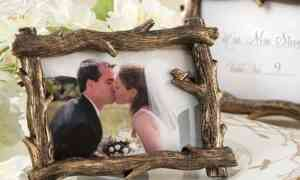 Wedding Idea – Branch Photo Frame to Decorate Your Fall Wedding