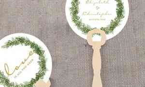 Fun Wedding Favor: Summertime Paper Fans