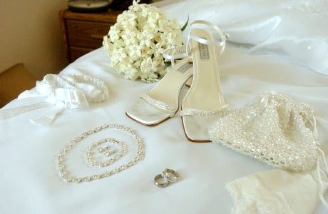 8  mistakes NOT to make with your wedding accessories in 2015