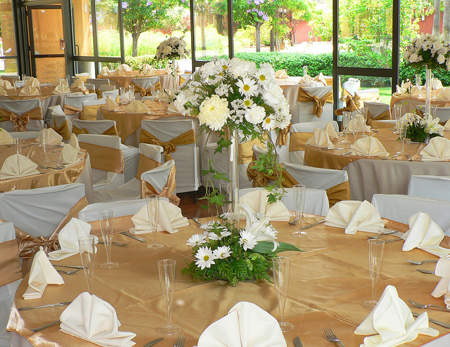 Average Cost Of Wedding Flowers Bay Area : Wedding table decorations out of books bridal gowns in