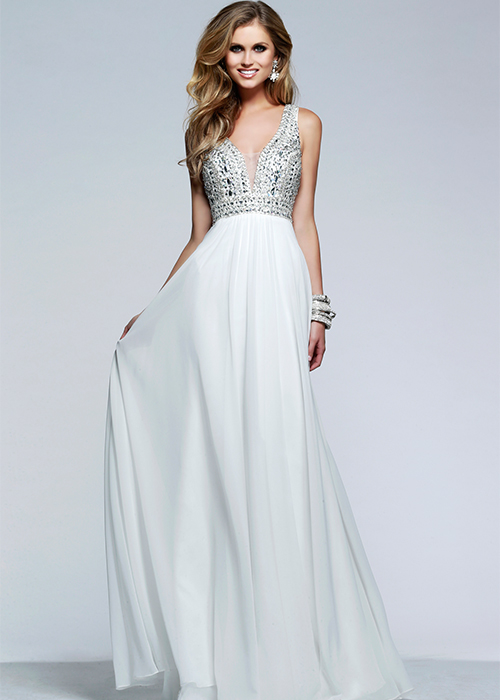 show you the best wedding dress for pregnant bride