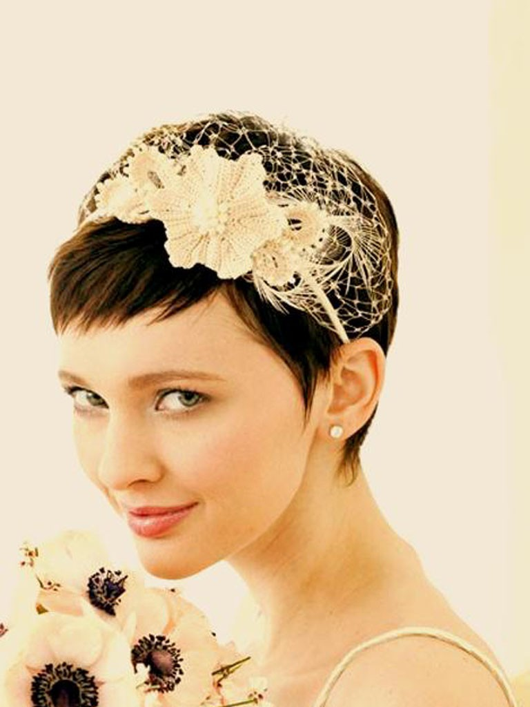 Stunning Hairstyles For Bridesmaids