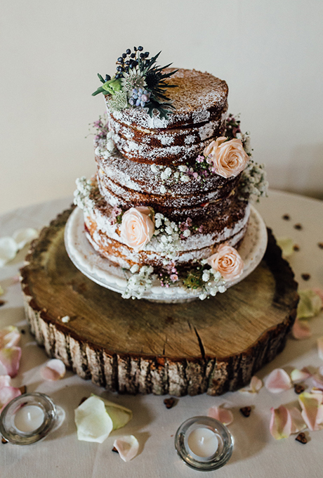 16 Rustic Wedding Cakes We will Love | Bridal Gowns in Discount