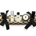 jo-malone-london-christmas-collection_christmas-cracker-with-product-brides