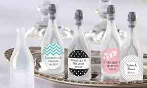 Fun Wedding Favors – Bottles of Bubbles