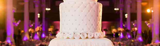 15 Simple And Classic Wedding Cakes