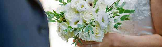 Give You 3 Ways To Cut Costs On Wedding Flowers